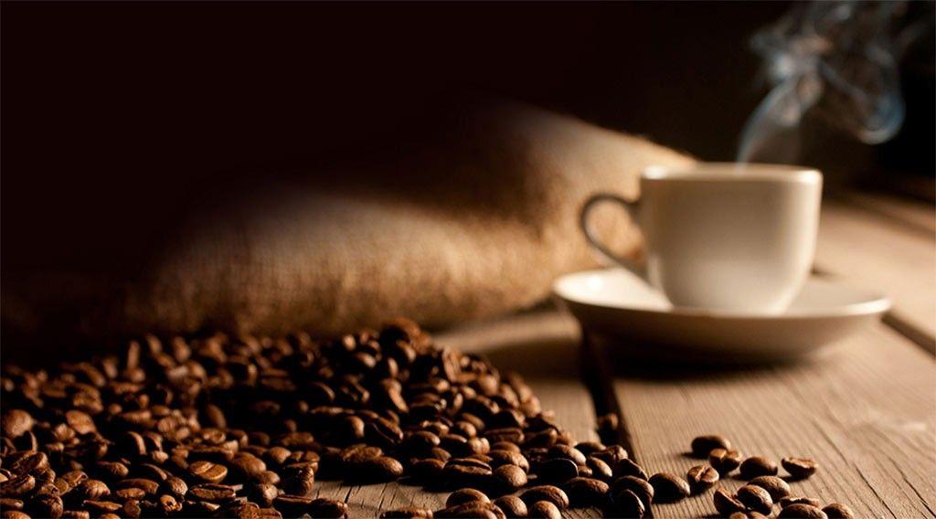 با مصرف قهوه و افزایش کافئین آیا ما دچار سردرد می شویم؟