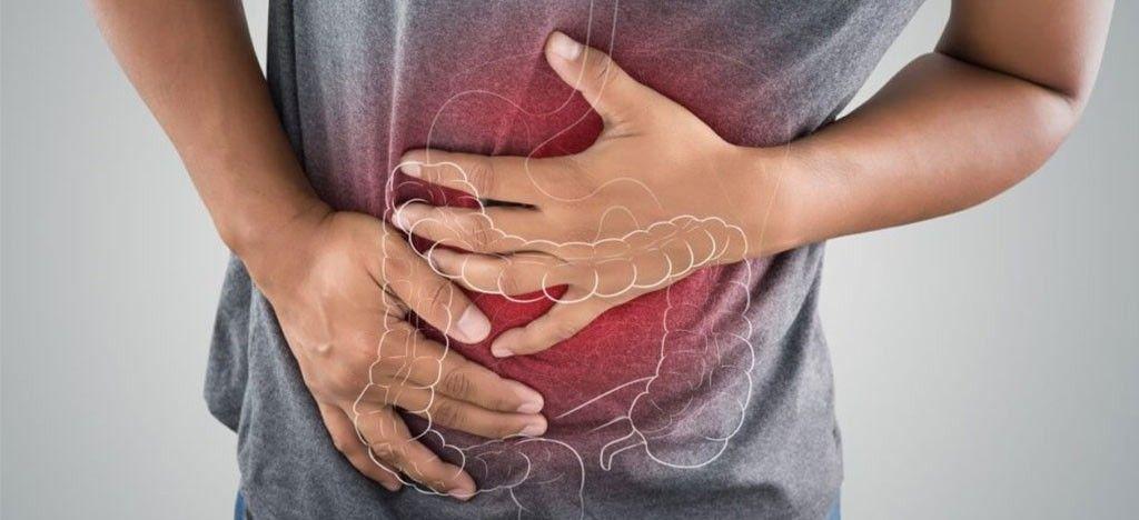 درمان سه مورد بیماری سنگ کیسه صفرا در سلامتکده ی بوعلی
